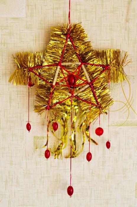 Новогодняя игрушка на елку своими руками - Огненная звезда