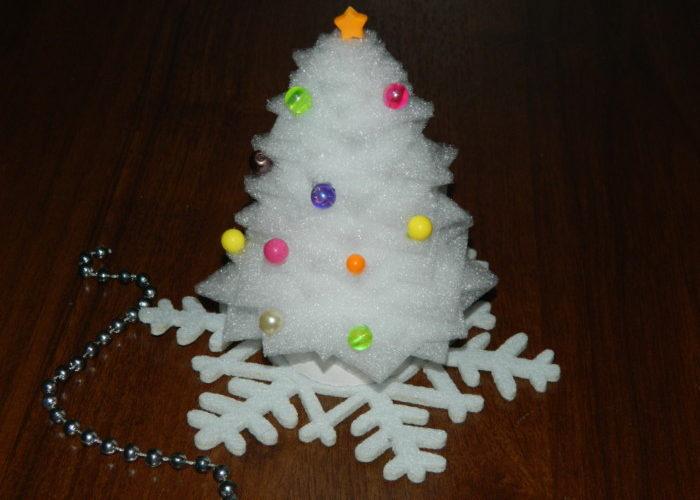 Новогодняя елка из вспененного полиэтилена своими руками