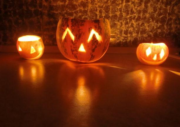 Светильник из тыквы на Хэллоуин своими руками
