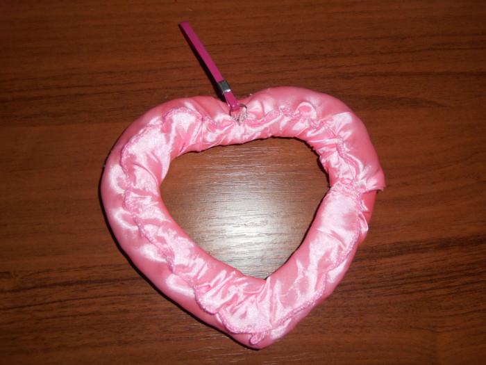 Сердце из конфет - сладкий подарок на день Святого Валентина