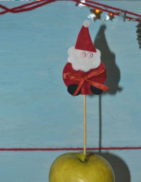 Новогодние украшения на шпажках - Дед Мороз из фетра