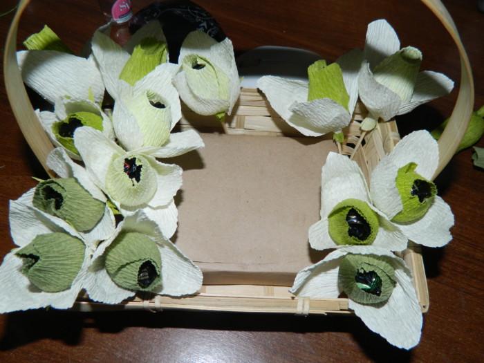 468Как сделать цветок из бумаги подснежник