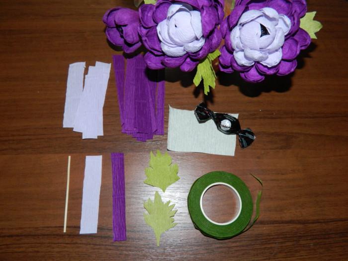 Бумажные астры из бумаги с конфетами