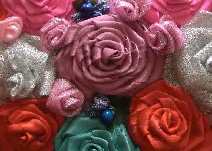 Крученые розы из атласных лент - мастер-класс для начинающих